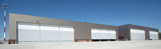 1306_hangar2